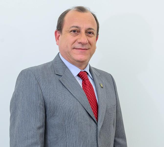 toni-sando-presidente-convention-bureau